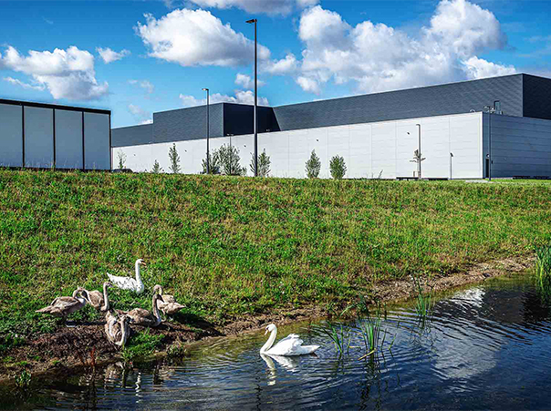 Facebook's Odense data center warms Odense with heat recovery system